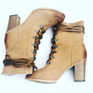 Like New Moto Combat Boots Thick Heels